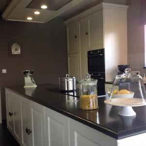 Keukenwerkbladen (Composiet, Keramiek & Natuursteen)